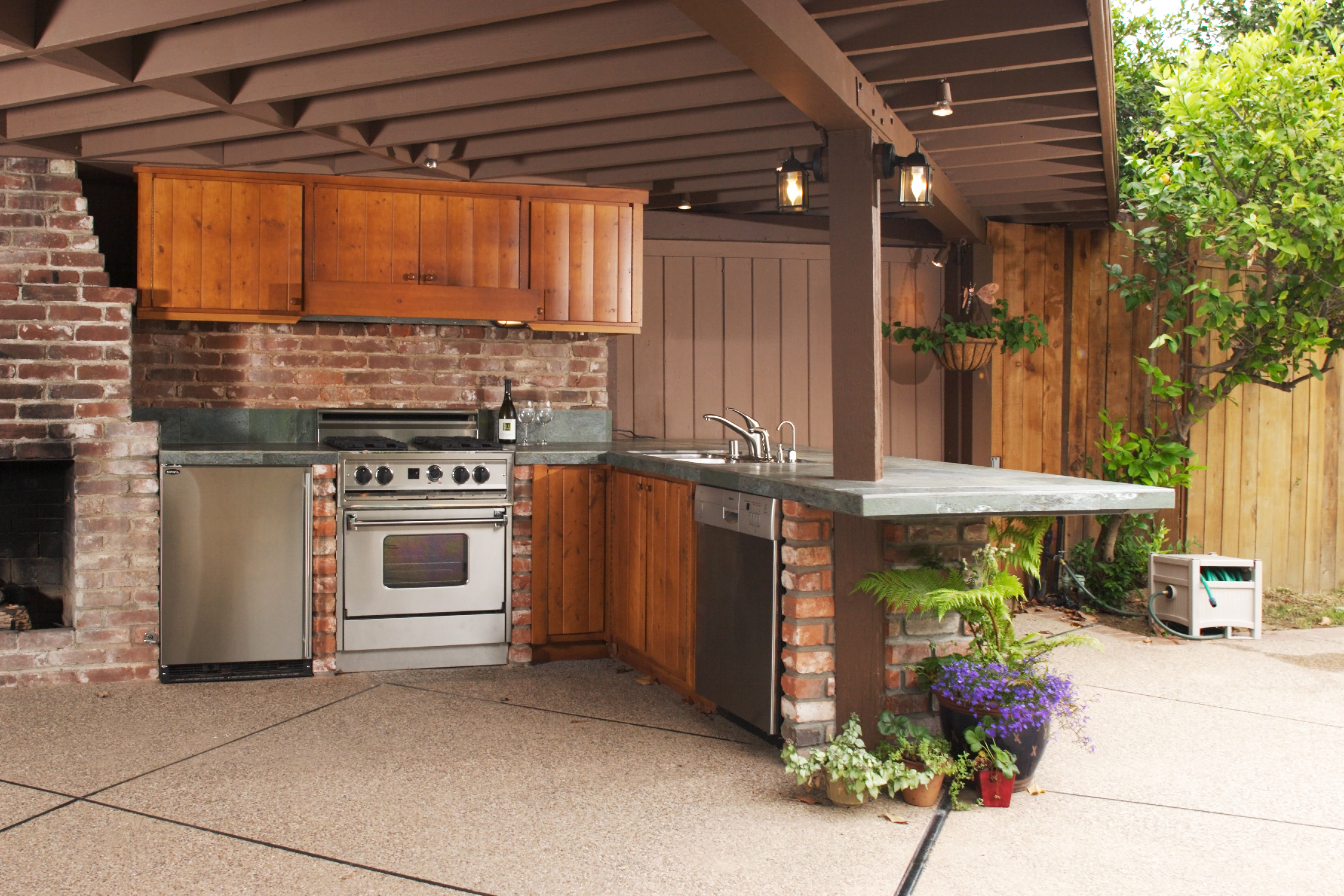 Outdoor Kitchen Contractors Near Me Custom Outdoor Kitchen